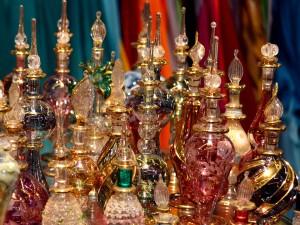 arab-perfumes-805315_960_720